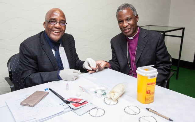 Minister of Health Dr Aaron Motsoaledi on Wednesday tested the HIV status of Anglican Archbishop of Cape Town Dr Thabo Makgoba, at the launch of the Religious HIV Counselling and Testing (HCT) Programme, an initiative of the National Religious Association for Social Development (NRASD).